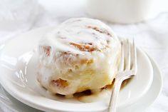 Pumpkin Pie Cinnamon Rolls {Quickest Recipe EVER} (i am baker)