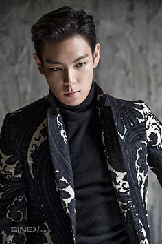 TOP - Cine21 Magazine No.927