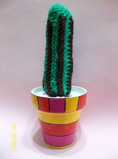 https://www.facebook.com/photo.php?fbid=168879886583683&set=a.168879286583743.40164.157374074400931&type=3&theater Cactus de crochet en maceta intervenida