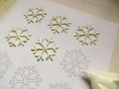 how to make chocolate snowflakes