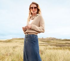 Exklusive Designer Damenmode im Onlineshop kaufen   SAILERstyle Moncler, Kenzo, Valentino, Blazer, Bell Bottoms, Mantel, Bell Bottom Jeans, Designer, Tops