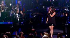 Canta una canzone di Celine Dion in maniera sublime, persino il Pianista rimane a bocca aperta