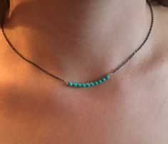 e092309ee37d Artículos similares a Faceted Stone Bead Bar Choker    Bead Bar Layering  Necklace    Black Chain Necklace en Etsy. Collares Con CadenaCadenasUñas ...