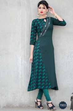 sethnic launched stylish kurtis for summer women collection udaan Kurti Designs Party Wear, Churidar Designs, Kurti Patterns, Dress Patterns, Stylish Kurtis Design, Kurta Neck Design, Indian Designer Wear, Indian Dresses, Blouse Designs