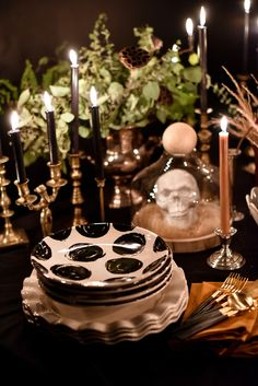 Delight guests this Halloween with an enchanting tablescape from Coton Colors. Halloween Table Settings, Soirée Halloween, Coton Colors, Treat Yourself, Tablescapes, Treats, Table Decorations, Design, Home Decor
