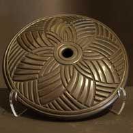 Joel Queen, Native American Indian potter. Star design vessel.