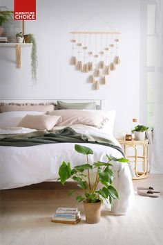 Besides being good for our mental health, decorating with natural materials is stylish and sustainable too. Find tips for adding a splash of green and an outdoor vibe to any home that are a little more exciting than your standard potted plant!  Uni Bedroom, Bedroom Decor For Teen Girls, Bedroom Green, Girl Bedroom Designs, Master Bedroom, Bedroom Layouts, Room Ideas Bedroom, Home Decor Bedroom, Bedroom Inspo
