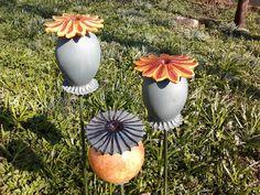 Mohnkapseln von Hochwertiger Gartenschmuck aus Keramik auf DaWanda.com