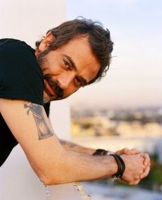 Jeffery Dean Morgan (John Winchester)