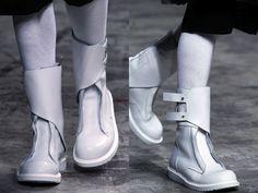 Futurist shoes