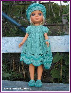 """Платье на кокетке, беретик, сумочка с узором """"Алсацийские гребешки"""" на Нэнси. - http://www.moda-kukla.ru/index.php?option=com_content&view=article&id=119:-q-q-&catid=8:knitting1"""