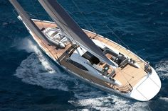 "Sailboat : cruising sailing-yacht (deck saloon, 5 cabins) - 885 - 27.08m - 88' 10""ft - Oyster Marine"