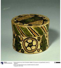 Wall Boxes, Coffer, Medieval Art, Casket, Handicraft, Renaissance, Purses And Bags, Lanterns, Berlin