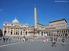 Saint Peter's Square, Rome, Italy / Vatican