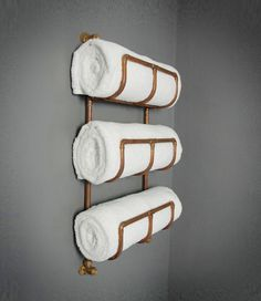Industrial Copper Pipe Towel Rack - Perfect for a reclaimed industrial vintage style bathroom - Can customise for heated towel rail - Plank