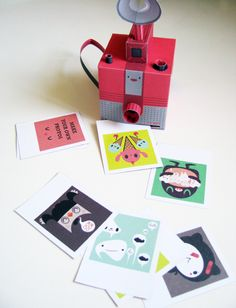 Paper toy camera