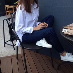 Shirt + jeans + white sneakers