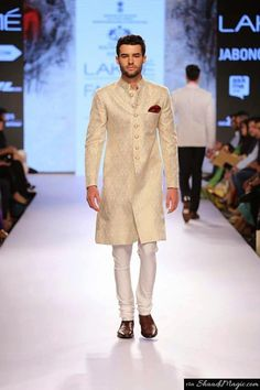 Check out this Indo western style suit for your engagement, ritual, and ceremonies that are on the way to your wedding.