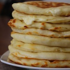 Les Cheese Naans, ou pains indiens au fromage