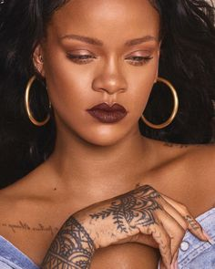 Rihanna Wows in Fenty Beauty's Newest Lipstick Shades Lipstick For Dark Skin, Lipstick Shades, Matte Lipstick, Lipstick Colors, Lip Colors, Makeup Lipstick, Orange Lipstick, Liquid Lipstick, Rihanna Riri
