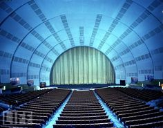 size: Photographic Print: Radio City Music Hall Stage Restored to its Orginal 1932 Splendor after Seven-Month Renovation : Travel