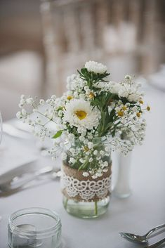 Our Favourite Real Weddings of 2014 - Wedding centerpieces - Blumenkranz Winter Wedding Centerpieces, Wedding Table Centerpieces, Daisy Wedding Arrangements, Centerpiece Ideas, White Flower Centerpieces, Mason Jar Flower Arrangements, Mason Jar Centerpieces, Bohemian Flowers, Rustic Wedding Decorations
