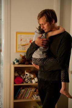 Still of Alexander Skarsgård in What Maisie Knew (2012)