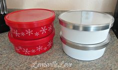 What to do with those Christmas cookie tins? spraypaint with Primer and metallic paint !