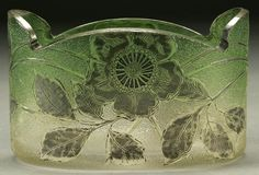 Lot: 885: A FRENCH CAMEO GLASS BOWL early 20th century, tex, Lot Number: 0885, Starting Bid: $200, Auctioneer: Jackson's Auction, Auction: American & European Fine Art and Antiques, Date: June 15th, 2006 EDT