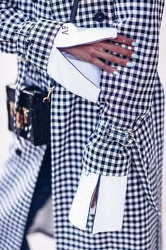 The VivaLuxury | Checked