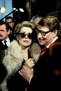 Yves Saint Laurent et Catherine Deneuve le 29 janvier 1992. Hôtel Intercontinental. Haute couture été 1992. Photo Carlos Munoz Yagüe