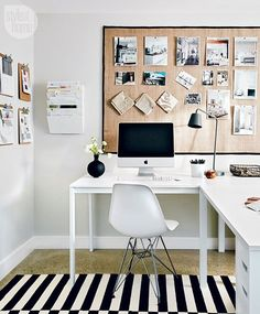 There's nothing we enjoy more than an organized workspace! Get the look of interior designer @jeniferglover's clutter-free home office, visit styleathome.com! {Photo: @graydonpictures | Styling: @annmariefavot}