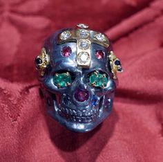 Calaveras skull ring dia de los muertos luxury version by Dogale jewellery Venice Italia