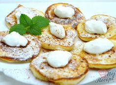 Nejlepší recepty na lívance | NejRecept.cz Small Desserts, Low Carb Desserts, Dessert Recipes, Slovakian Food, Cooking Time, Cooking Recipes, Crepes And Waffles, Low Carb Pancakes, Sugar Free Diet