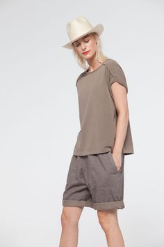 Order our Shirt Saja from our ISCHIKO Spring/Summer 2017 collection today Sport Fashion, Safari Fashion, Urban Fashion, Fashion Looks, South Africa Safari, Outfit, Active Wear, Feminine, Spring Summer