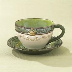 Claddagh tea cup by alison