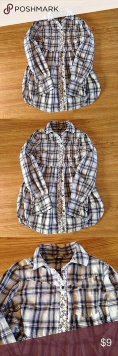 Free people shirt God condition Free People Tops Button Down Shirts