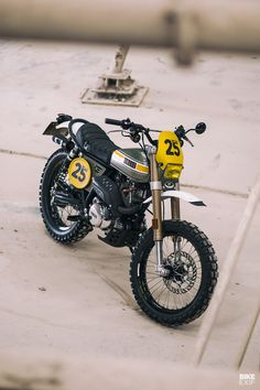 Please Yamaha, build a scrambler as cool as this - Autos und Motorräder - Moto Yamaha Cafe Racer, Honda Scrambler, Cafe Racer Motorcycle, Motorcycle Design, Bike Design, Cafe Racers, Tracker Motorcycle, Classic Motorcycle, Motorcycle Garage