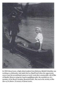Août 1953 Canada Marilyn visite le National Park - Divine Marilyn Monroe