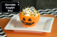Show Me Cute: Halloween Treats & Craft Ideas
