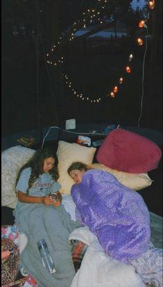 VSCO - jessieejohnson Best friends sleepover trampoline - - t u m b l r Bff Pics, Photos Bff, Bff Pictures, Best Friend Pictures, Friend Photos, Cute Photos, Wedding Pictures, Cute Friends, Best Friends