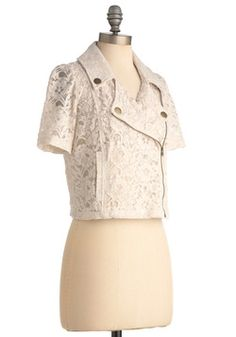 cute lace short-sleeved Jacket