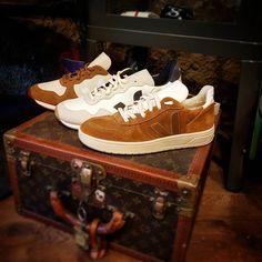 La marca francesa #Veja  con su producción #Ecologica marca la diferencia entre el calzado exclusivo y de calidad. #beFunwear