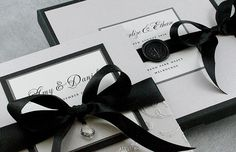 Black and white wedding invitations // By Huetopia Design. #wedding #stationery #invitations