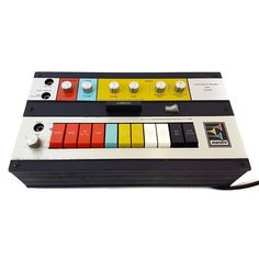 Percussion synth, auto-wah, octave down, and fuzz machine all in one – Maestro's innovative Rhythm 'n' Sound G2 was a multi-effect box before there ever was such a thing. For being a product of the late '60s, these things sound incredible! Has anyone out there ever played with one?  #pedal #guitarpedals #effects #guitar #vintagegear #gearporn #gear
