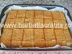 Prăjitură cu mac (Prăjitură Tosca) | Rețete BărbatLaCratiță Biscuit, Food And Drink, Room, Recipes, Crackers, Biscuits, Sponge Cake, Cake, Cookies