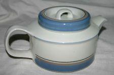 Arabia Finland Uhtua Teapot Marimekko, Scandinavian Style, Teapot, Finland, Pots, Porcelain, Ceramics, Tableware, Unique