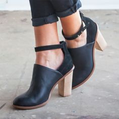 Womens Black Heeled Boots Retro Ankle Strap Chunky Heel Ankle Booties – weird that I think these are cute, pointy toe and all, kinda think they'd look better without ankle strap Chunky Heel Ankle Boots, Chunky Heel Pumps, Black Heel Boots, Ankle Strap Heels, Ankle Straps, Black Heels, Ankle Booties, Heeled Boots, High Heels