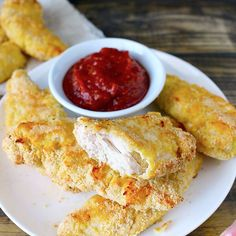 These Paleo Whole30 Chicken Tenders are easy and packed with flavor! A healthy version of a classic favorite- made gluten, dairy,  grain free, and low carb. Chicken tenders were probably my favorite food growing up. From age 10-15 I ordered them, guaranteed, at every restaurant. Now I'm not talking about fast food nuggets, I'm talking...Read More »