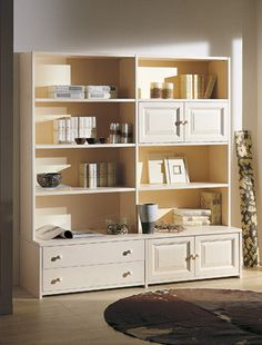 Libreria in pino componibile, adattabile ad ogni esigenza, produzione DEMAR MOBILI. #pinewood #bookshelves #madeinitaly #design #modularfurnitures #ecopaints  www.demarmobili.it